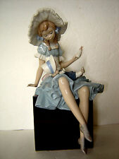 Estate LLADRO Figurine CATHY AND HER DOLL # 1380 Made in Spain Nice Condition
