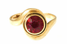 RUBY AND 10K GOLD SOLITAIRE RING, SIZE 5.5