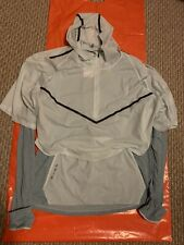 Nike AR1709-005 Therma Sphere Tech Pack Running Division Shirt Reflective Trim