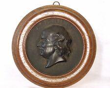 SECOND-EMPIRE MÉDAILLON en BOIS DURCI de PIERRE-JEAN de BÉRANGER (1780 -1857)