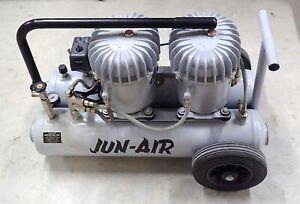 JUN-AIR 12-20 COMPRESSOR 20L/5.3 US GAL MAX PRES 8 BAR/120 PSI USE DENTAL OFFICE