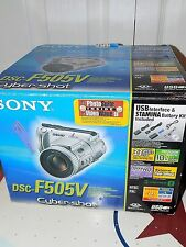 Sony Cyber-shot DSC-F505V 3.3 MP Digital Camera  Silver W/Carl Zeiss Lens NICE
