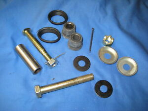 MG MGB FRONT STUB AXLE TOP AND BOTTOM FITTING KIT ***W1C/D