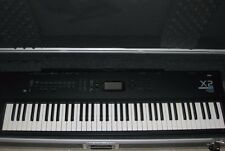 Korg X2 76 Key Electronic Keyboard Synthesizer Piano Organo Hard Case w/ Wheels