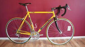 Bianchi Veloce Road bike 700c, Campagnolo group, Mavic wheel, 57cm, Carbon fork