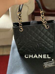 Chanel Caviar Pst (Shopping Bag Petite)