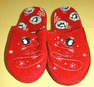 """Red Slippers with Skating Penguins Print Jewels Size L 6-7 9.5"""" on bottom unused"""