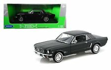 Welly 1/18 Scale 1964 1/2 FORD MUSTANG HARD TOP Diecast Model