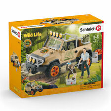 42410 Schleich Safari 4x4 Jeep Offroad Vehicle with Winch Wild Life Playset
