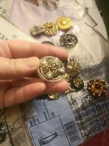 Chanel Button 28 mm