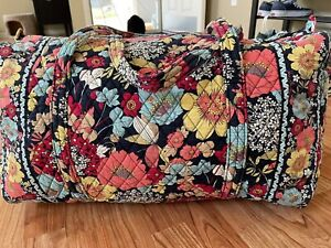 Vera Bradley Happy Snails Floral Large Travel Overnight Packable Duffle
