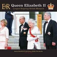 Grenadines - 2015 Queen Elizabeth II Longest Reigning Monarch Stamp - S/S MNH