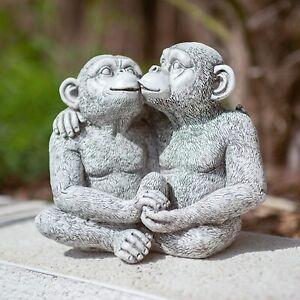 Garden Ornament Kissing Love Monkeys Smooching Statue Decor Patio Pond Outdoor