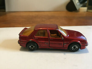 Matchbox Saab 9000 Turbo diecast car red