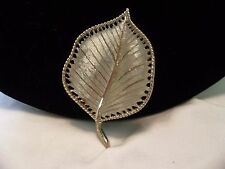 "BSK Signed Vintage Estate Textured Leaf Gold Plate Brooch Pin 2 3/8"" Minty"