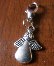 "charms argentée ange 18x13 mm inscription au dos : ""made for on angel"""