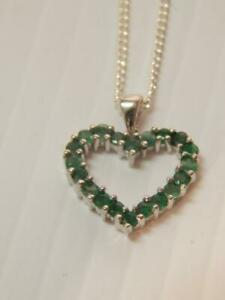 BEAUTIFUL VINTAGE STERLING SILVER EMERALD HEART DESIGN NECKLACE - MINT XLNT GIFT