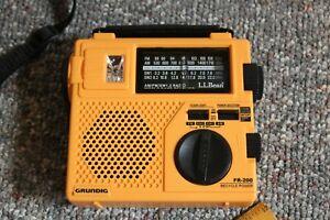 Grundig FR-200 Emergency Short Wave AM FM Radio Hand Crank World Band Receiver