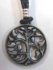 ARBRE DE VIE    pendentif métal avec cordon réglable