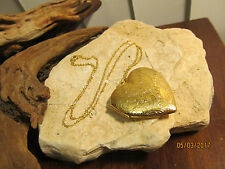Vintage Gold Tone Huge Heart Locket Pendant Necklace