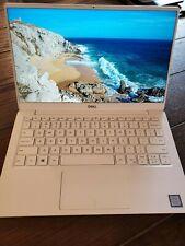 Dell XPS 13 9380 13.3 in. Intel Core i7-8565U 16GB RAM 1TB SSD 4K Touchscreen