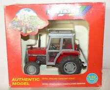 TRAC07 - Britains boxed set 9502 Massey Ferguson MF362 Tractor