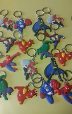 Lot of 16 keychains  ☆ birthday party favors ☆AVENGERS SUPER HEROES ☆BATMAN lot1