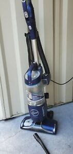 Hoover Windtunnel React Surge Bagless Vacuum Cleaner W/attachment~Model UH73400
