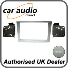 Connects2 CT23VX22 Silver Double DIN Facia Plate for Vauxhall Astra/Astra H