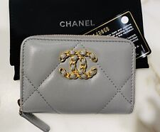 Stunning CHANEL 19K Dove Gray Quilted Lamb Coin Purse Zipped Card Case Gold