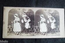 STB037 Marionnette theatre deguisement militaire curieux photo STEREO amateur