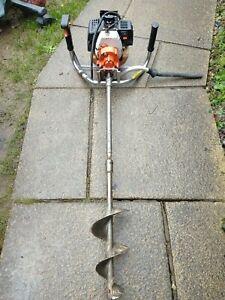 Stihl BT106C posthole Borer