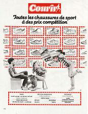 Publicité Ancienne  Chaussures de  Sport  1982