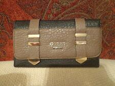GUESS Wild Slim Clutch Wallet VG480766 - Black