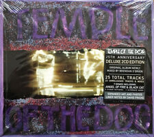 Temple Of The Dog - S/T Debut 25th Anniversary 2 x CD - SEALED Grunge Rock Album