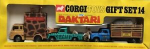 "Corgi Toys Gift Set 14 ""DAKTARI"" Bedford Transporter and Dodge Truck ""Used"""