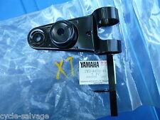 Yamaha XT250_Typ 3Y3_Lampenhalter links_Halter_LH Bracket_3Y3-84118-40_Lampe_