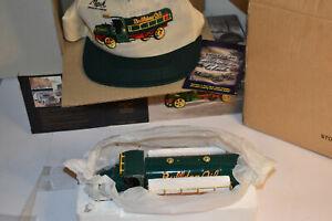 First Gear 1/34? Mack Bulldog Oil Model AC Tanker Truck 19-2587 W/Hat NIB NRFB