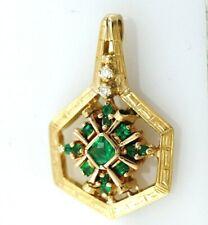 PENDANT 18K YELLOW GOLD EMERALDS AND DIAMONDS. CIRCA 1980 - 2000´S