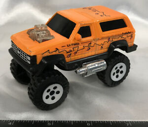 """VINTAGE BUDDY L Orange Bronco (U-TWO) PLASTIC TRUCK TOY 3-1/2"""" PREOWNED NOT MINT"""