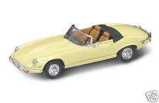 New In Box  Road Signature 1/43 Diecast 1971 Jaguar E-Type for MTH & Lionel