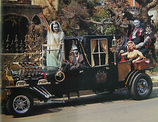 MUNSTERS Car  TV cast picture ~ Television Show ~  Unsigned 8 x 10 Photo ~