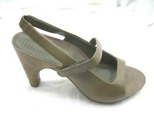 NEW Tsubo 10M brown slingbacks womens  shoes heels pumps sandals AF10-BRN
