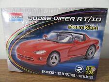 Revell Monogram 1992 Dodge Viper RT/10 Roadster plastic model kit 1/25