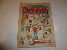 DEBBIE Comic - Issue 99 - Date 04/01/1975 - UK Paper Comic