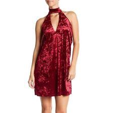 Whyte Eyelash womens Velvet High-Neck Shift Dress in Wine Size Large