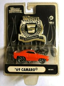 MUSCLE MACHINES '69 Camaro 5th Anniversary 05-01 Real Riders  FREE SHIPPING