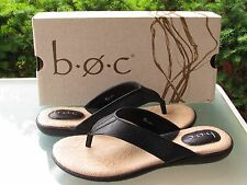 Womans 9m Born B.o.c. Cadore Black Leather LOOK Comfort Thong Sandals Z10700
