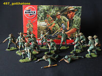 airfix 1/32 painted Gurkhas x 14 WW2. professionally painted. Boxed