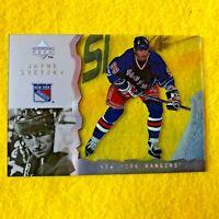 WAYNE GRETZKY , RANGERS , 1999 UPPER DECK , NHL HOCKEY , CARD 112 , ACETATE